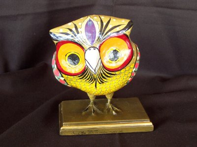 Owl on wooden base - 1960s - 1970s. 19cm high, 13cm wide, 15cm deep.
