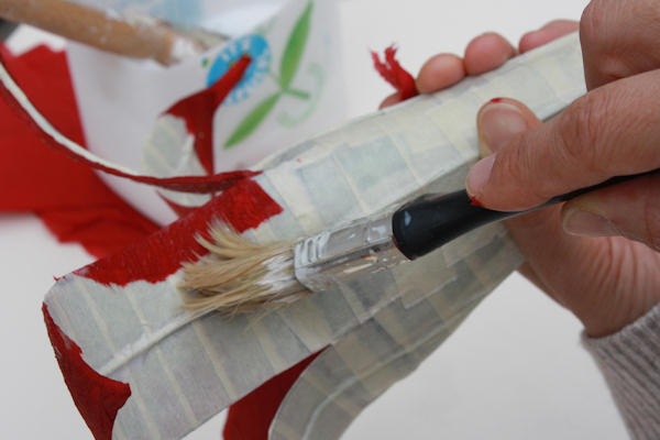 papier mache tutorials a dramatic flower from found. Black Bedroom Furniture Sets. Home Design Ideas
