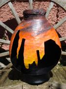 Silhouette Pot by Jackie Hall