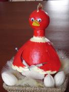 Poulover - The knitting chicken by Marie Demoulin