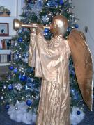 Golden Angel blowing horn by Diane Sarracino