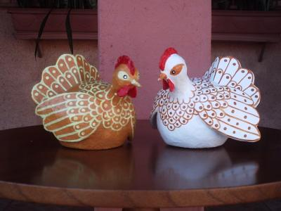 """TWO CHICKENS ""KIKA"""" by Rui Moura"